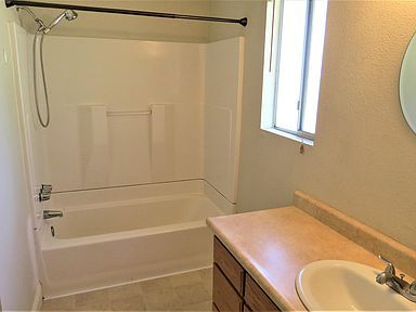 House for Rent in Redding